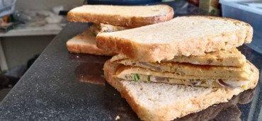 tikka egg sandwich